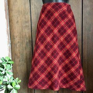 Classic plaid pencil skirt